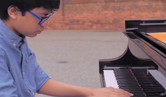 Joey Alexander – Maiden Voyage (Solo at Steinway Factory)